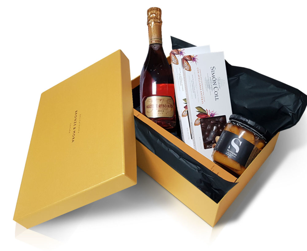 cesta dulces regalo navidad delicatessen turron bronze y mora