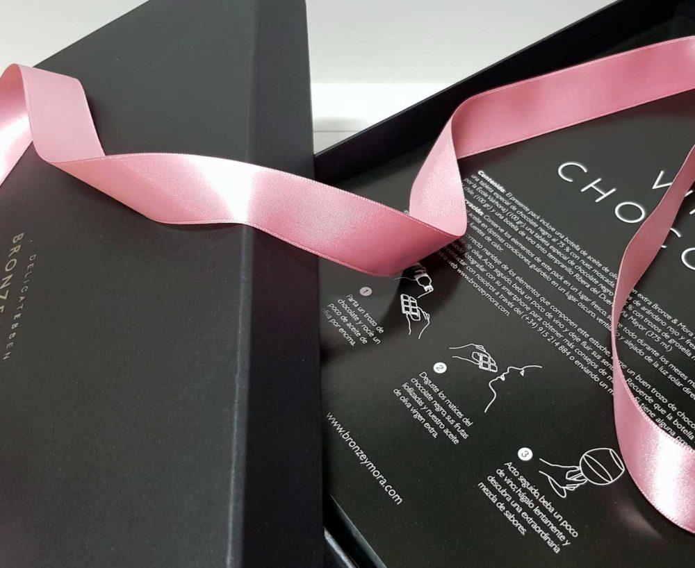regalo romantico para dos bronze y mora vin chocolat